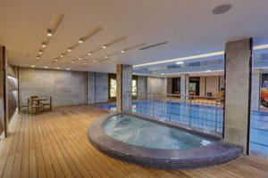 Pool in Kowsar Hotel, Isfahan