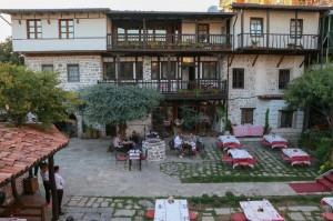 Skoder Tradita Hotel (08)