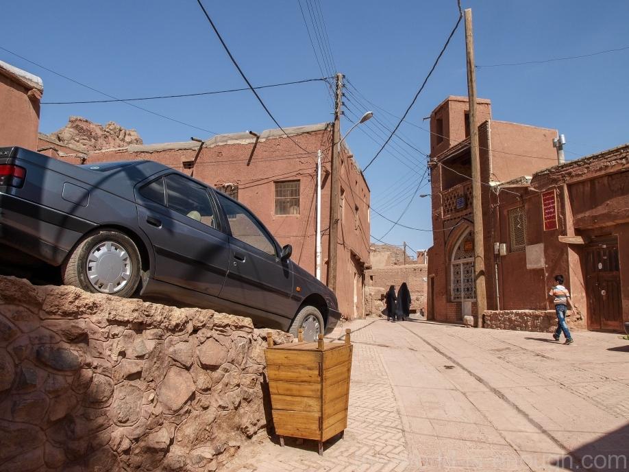 Иран, деревня Абьяни, Abyaneh village streets