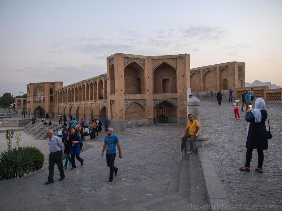 Мост Хаджу в Иране