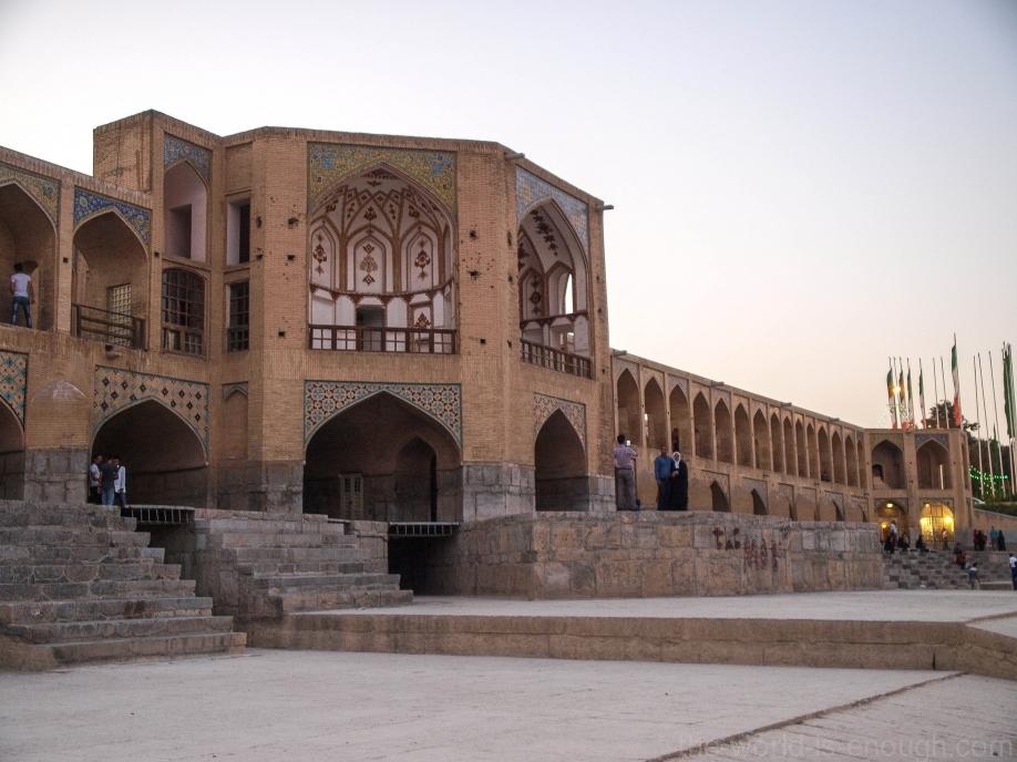 Иран, Исфахан, мост Хаджу
