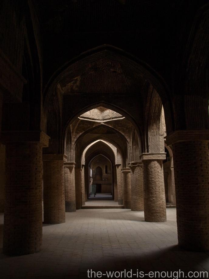 Пятничная мечеть Исфахана Атиг