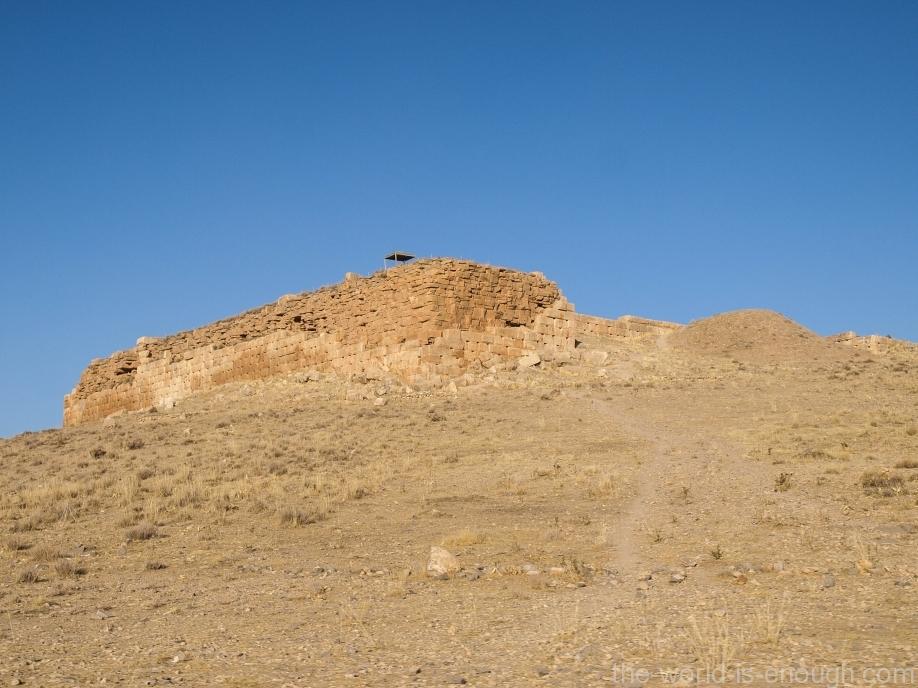Толл-е Тахт, Пасаргады
