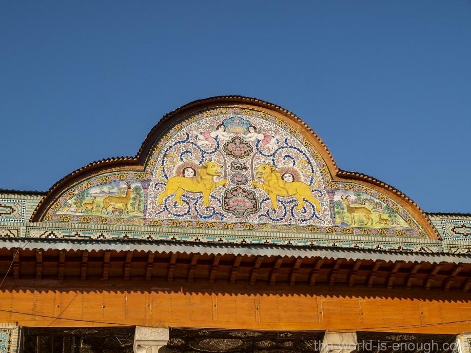 Украшение козырька над таларом дома Кавамов, Шираз