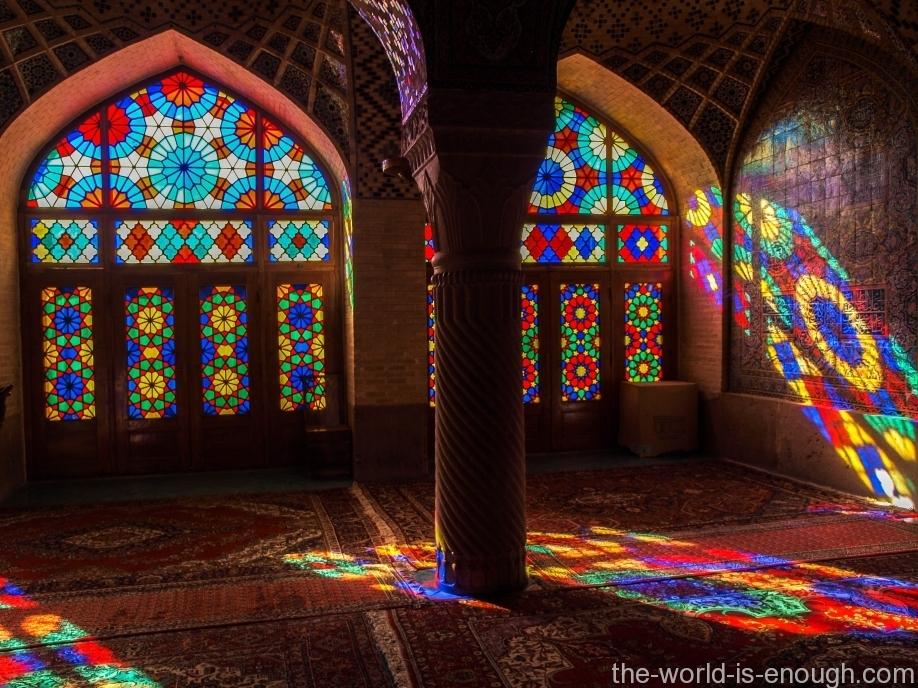 Розовая мечеть Насир ол Молк