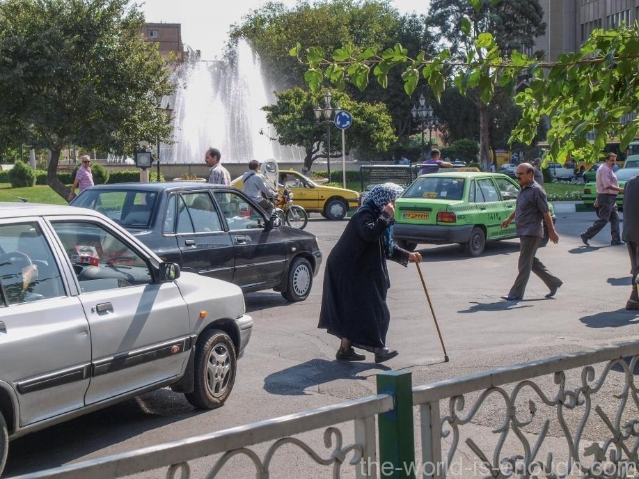 Тегеран, Tehran streets