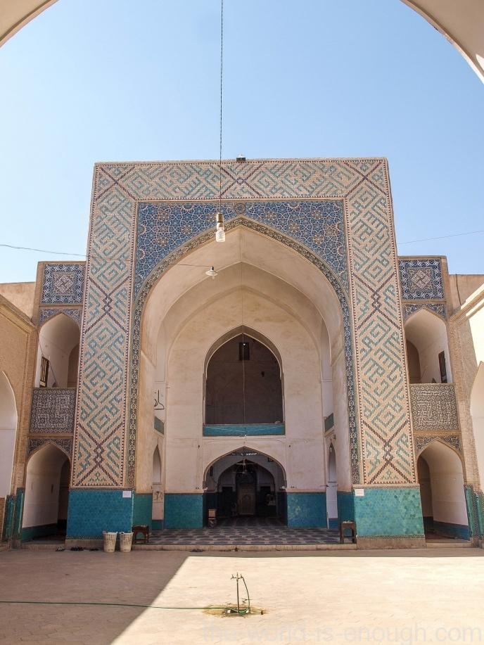 Вот это -мечеть Амир Чакмак.