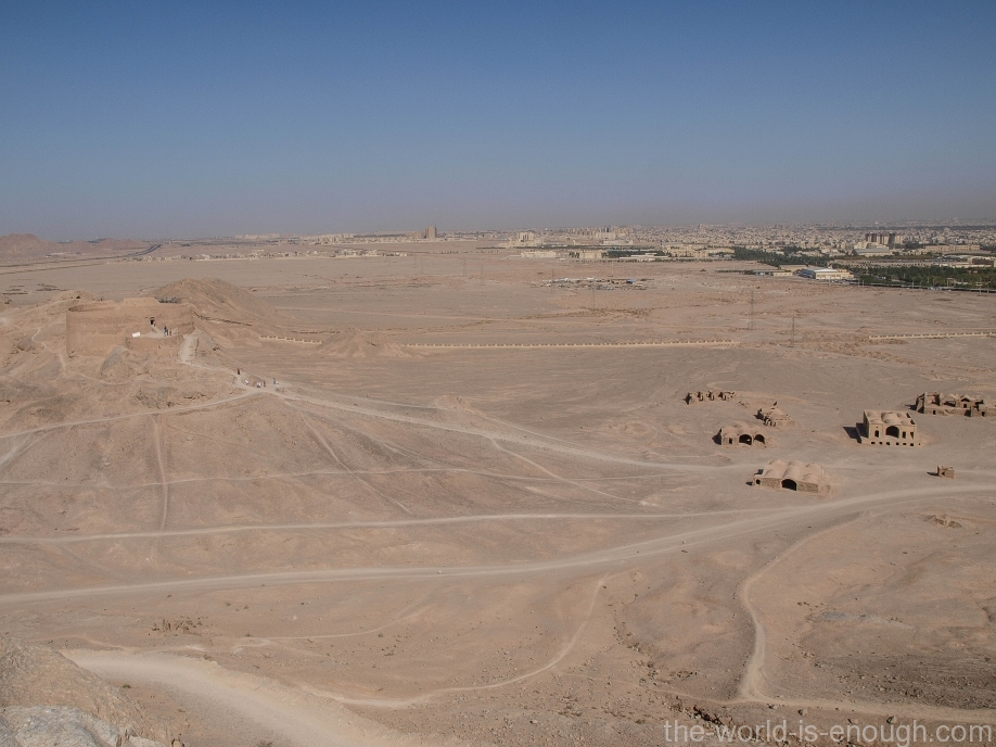 Иран, Йезд, Башня молчания
