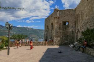 Budva (17) Citadel walls