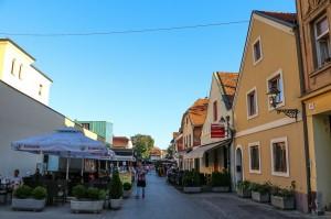 Zagreb (71)