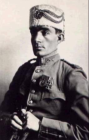 Полковник Мохаммад Таки-хан Пессион