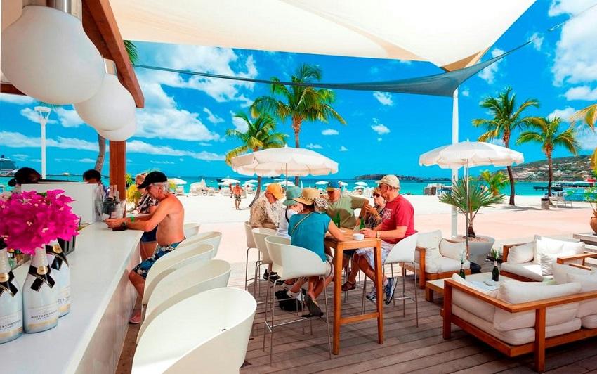 Ресторан Holland House Beach Hotel
