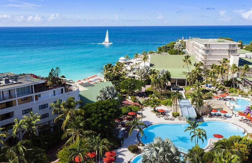 Sonesta Maho Beach Resort, Casino & Spa