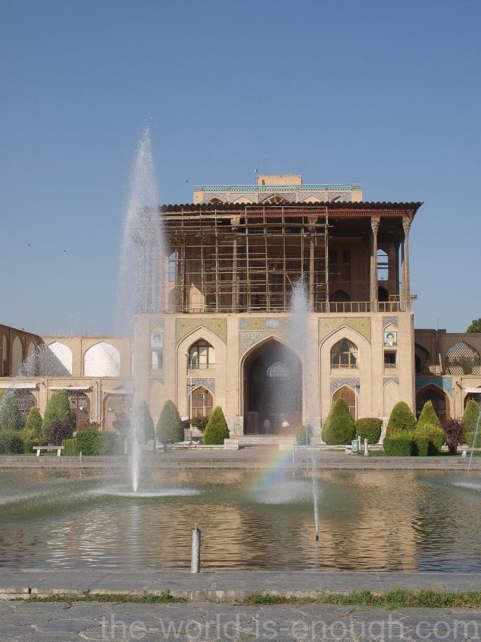 Дворец Алий-Гапу на площади Имама (Нагше Джахан), Исфахан