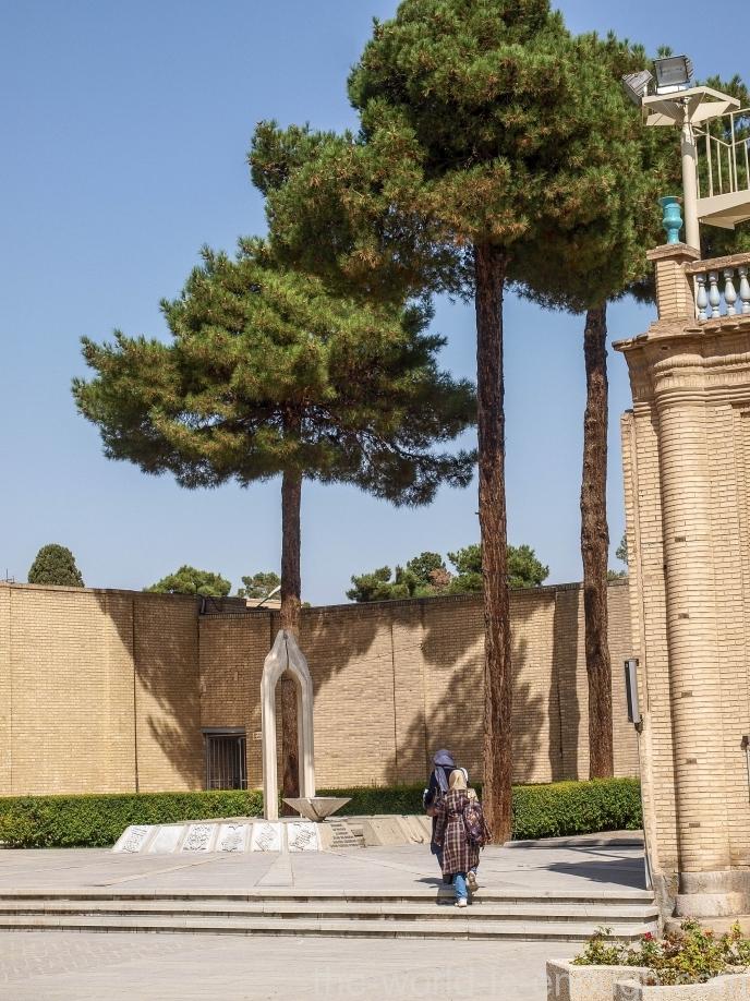 Мемориал жертвам геноцида армян, Собор Святого Христа Всеспасителя в Исфахане