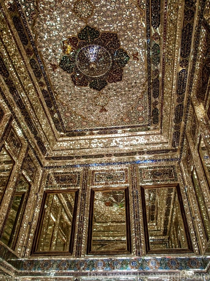 Тронный зал (зал приемов) дома Кавамов, Шираз