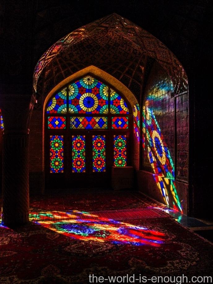 розовая мечеть в Ширазе, Насир аль Мульк